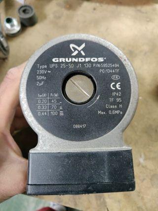 bomba calefacción grundfos 230v 3 velocidades
