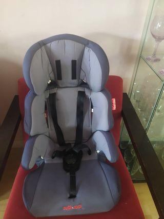 sillas de bebés para coche