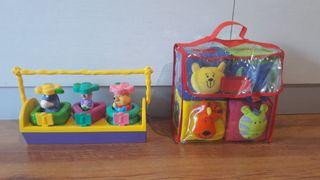 dos juguetes para bebés