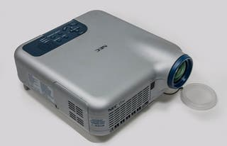 Proyector Profesional NEC LT260