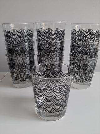 Set de 10 vasos Ikea sin usar