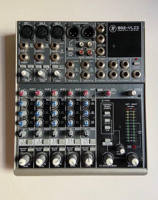 Mesa de mezclas Mackie 802-VLZ3