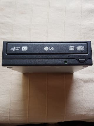 Lector/Grabador LG de CD/DVD + RW