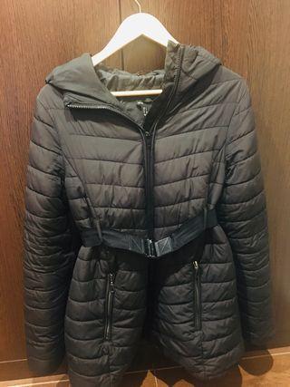 Abrigo embarazada talla S de H&M