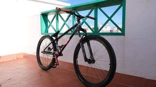 bicicleta de dirt jump NEGOCIABLE