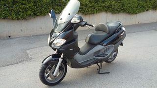 Piaggio X9 EVO 125 - Scooter