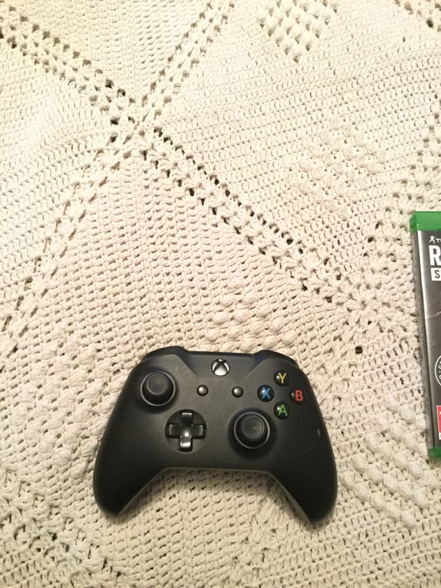 Xbox one , barely used