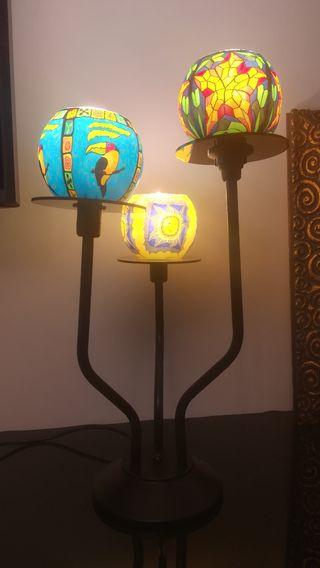 lámpara de mesa árabe