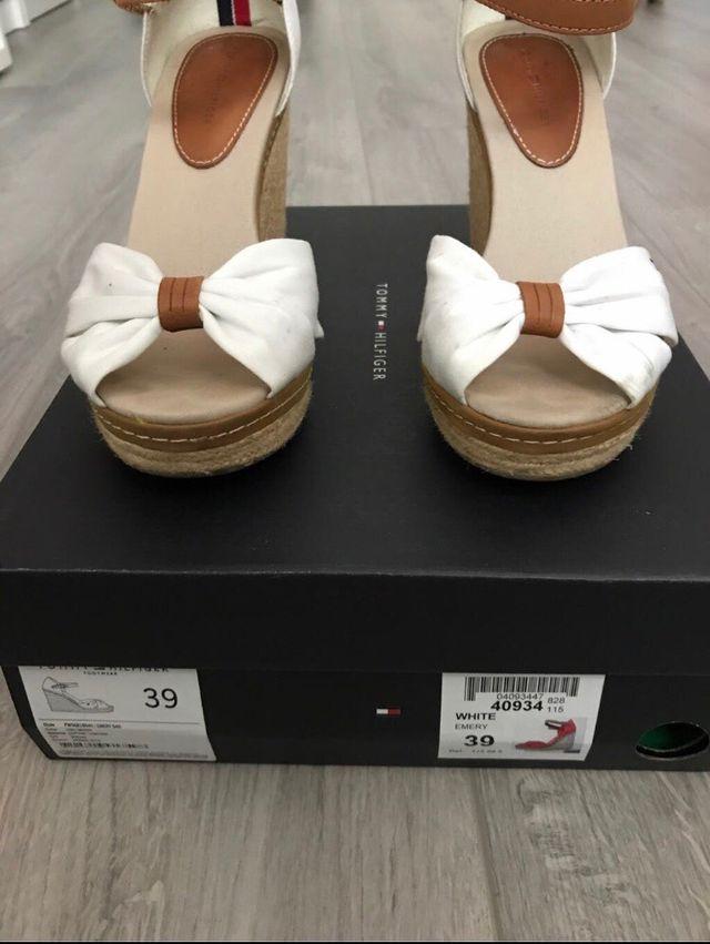 Zapatos cuña Tommy Hilfiger