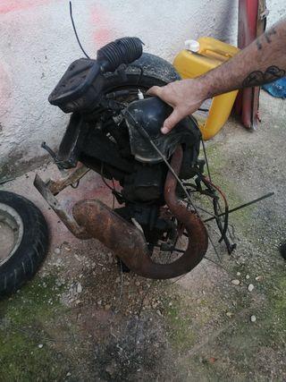 motor piaggio 50cc