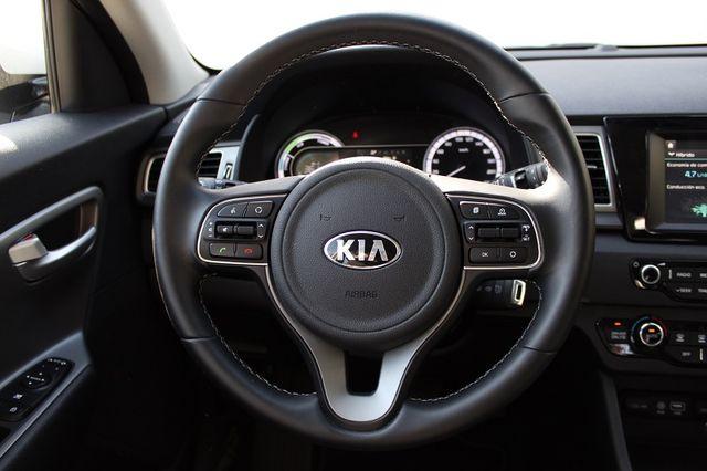 KIA Niro Drive Híbrido 2019 de Gerencia Automático