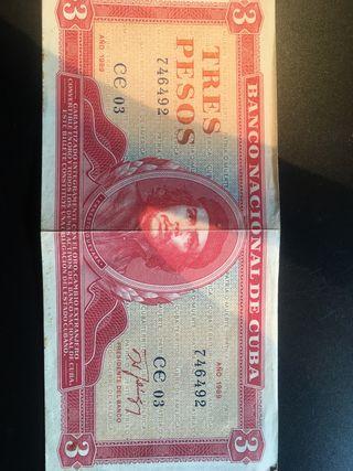 Billete de tres pesos