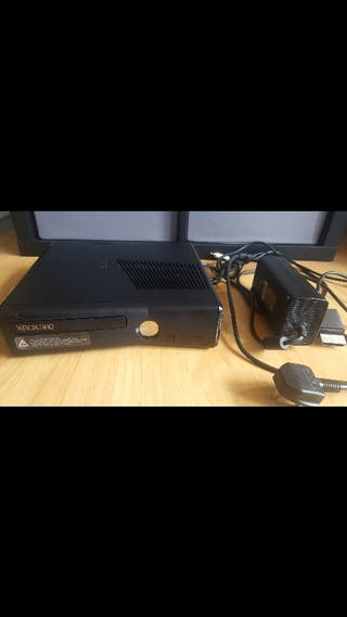 Xbox 360 - For repair or parts