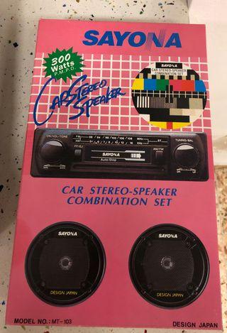 Radio y altavoces de coche