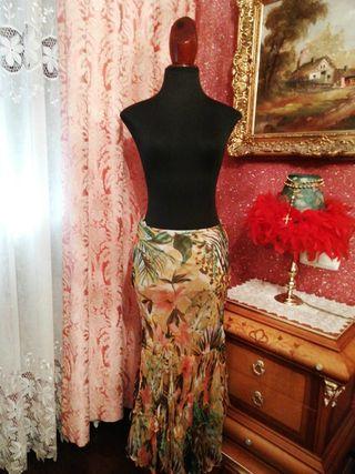 Falda Cortefiel talla 40 larga estampado flores