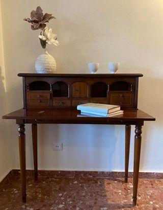 mueble escritorio clasico