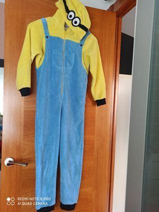 Mono pijama Minions talla 8-10años