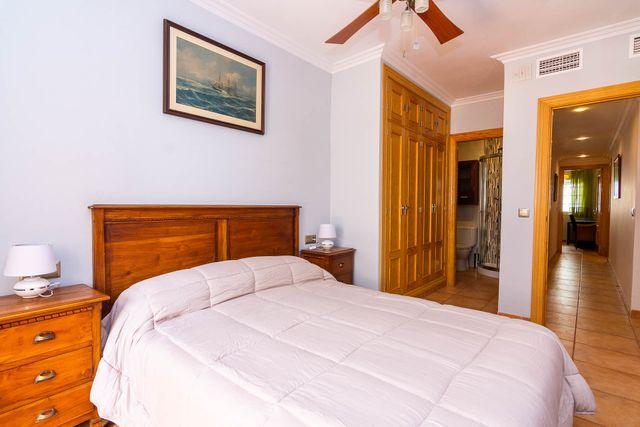 Apartamento,Gran terraza y cerca de playa burriana (Nerja, Málaga)