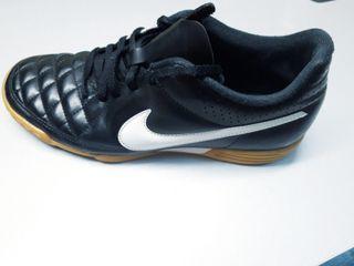 Nike Futbol sala Tiempo