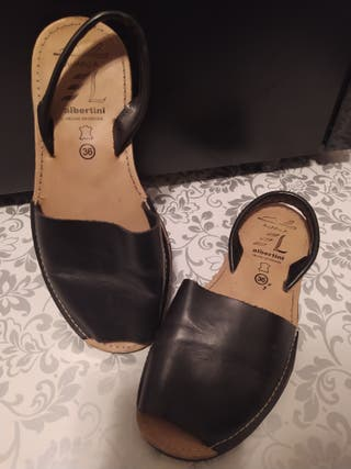 Avarca sandalia de piel Albertini talla 36
