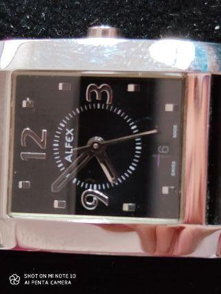 Reloj señorita