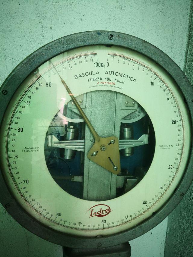 bascula industrial años 70 funcionando