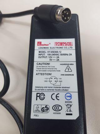 Adaptador de corriente conector 4 pines Mini DIN