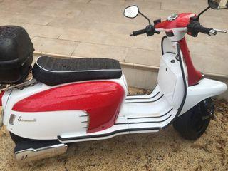 Scomadi 125cc bicolor