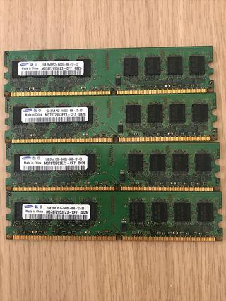 4 memorias ddr2 de 1gb Samsung.