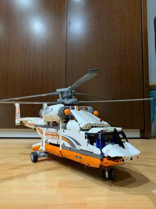 LEGO Technic 42052 Helicóptero de transporte pesad