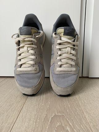 Zapatilla Nike Internationalist