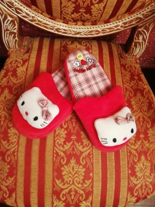 Zapatillas n39 NUEVAS muñeca peluche Hello Kitty