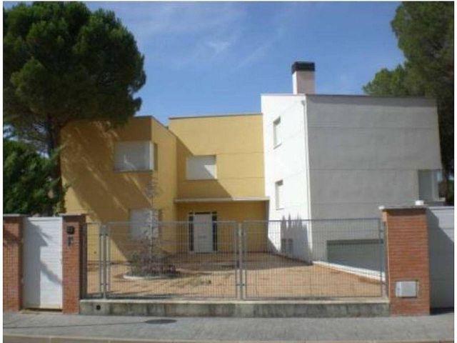 Chalet en venta en Aldeamayor de San Martín (Aldeamayor Golf, Valladolid)