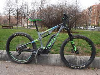 Bicicleta montaña eléctrica
