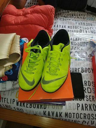 zapatillas Nike futbol talla 34