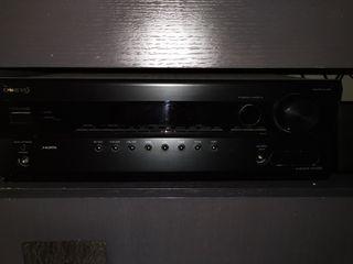 Amplificador Onkyo HT-R340