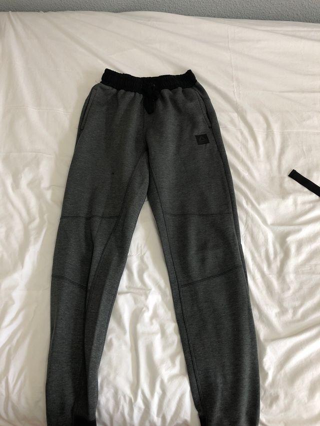 Pantalones chándal Reebook