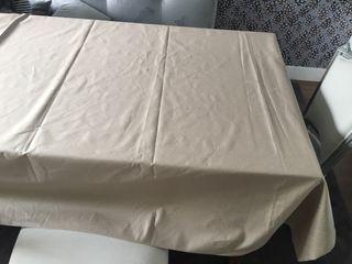 Mantel de lino teflón antimanchas