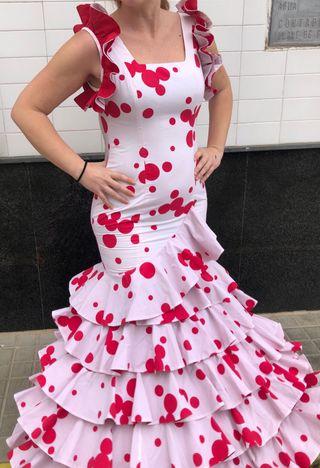 Traje de flamenca talla 36-38