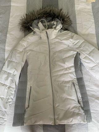 Skiing woman jacket