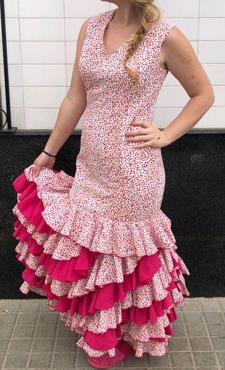 Traje de flamenca talla 42-44