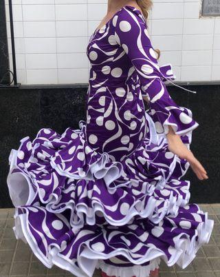 Traje de flamenca Lila elástica talla 42-44