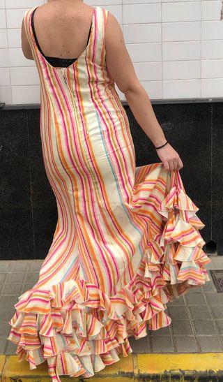 Traje de flamenca talla 44-46