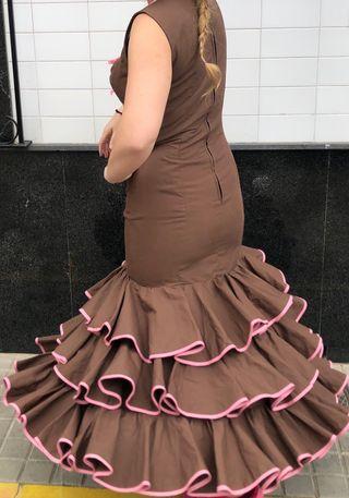 Traje de flamenca talla 40