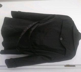 Gabardina negra