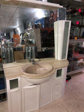 Mueble baño con espejo y armario