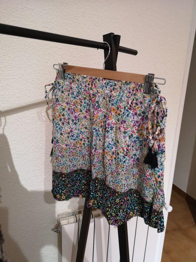 Falda mini flores