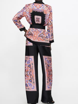 Traje Estampado Fluido Zara