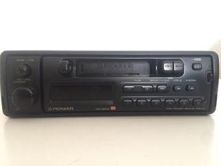 Radiocassette PIONNER.
