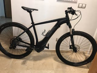 Bicicleta eléctrica cube